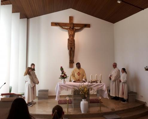 Gründonnerstagsgottesdienst bei Coburg mit Pater Peter Uzor